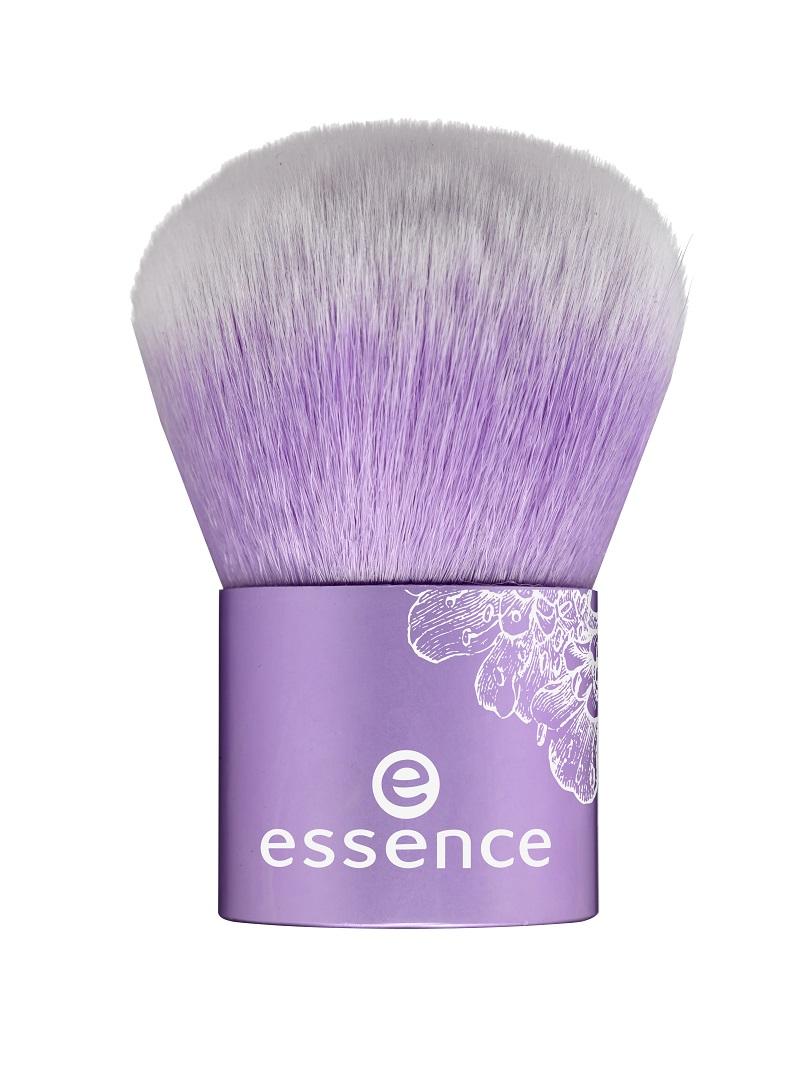 essence Bloom Me Up Kabuki Brush