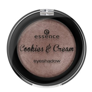 essence Cookies&Cream Liedschatten 03 braun.jpg