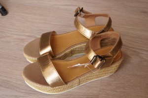 Esprit Sandalen gold-bronze