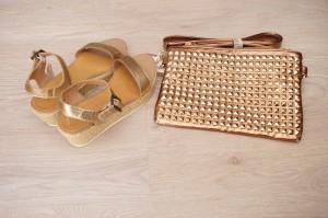 Sandalen mit Nietenclutch Metallic Sommer 2014