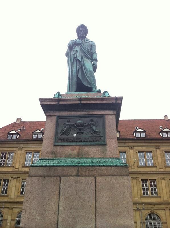 Denkmal Friedrich Schiller im Stadtzentrum