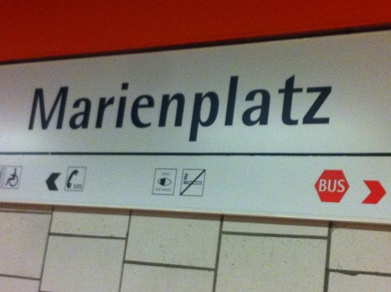 Unser Startpunkt: U-Bahnhof Haltestelle Marienplatz