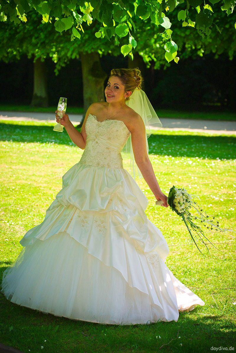 mein Brautkleid daydiva
