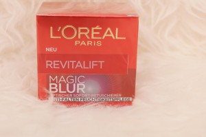 L'Oreal Revitalift Magic Blur Anti Falten Feuchtigkeitspflege daydiva