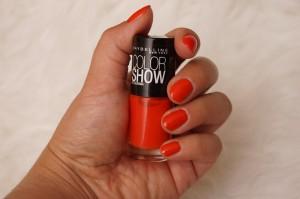 Colorama von Maybellien Nagellack Farbe 341 Orange Attack