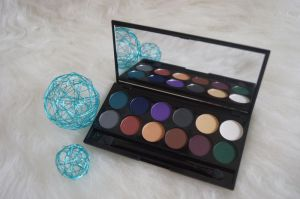 Sleek i Devine ultra mattes v2 darks palette alle 12 Farben