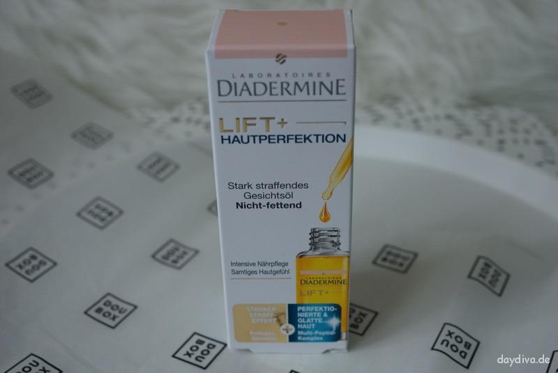 Mit dem hautperfektionierendem Gesichtsöl von Diadermine wird die Hautstruktur verfeinert.