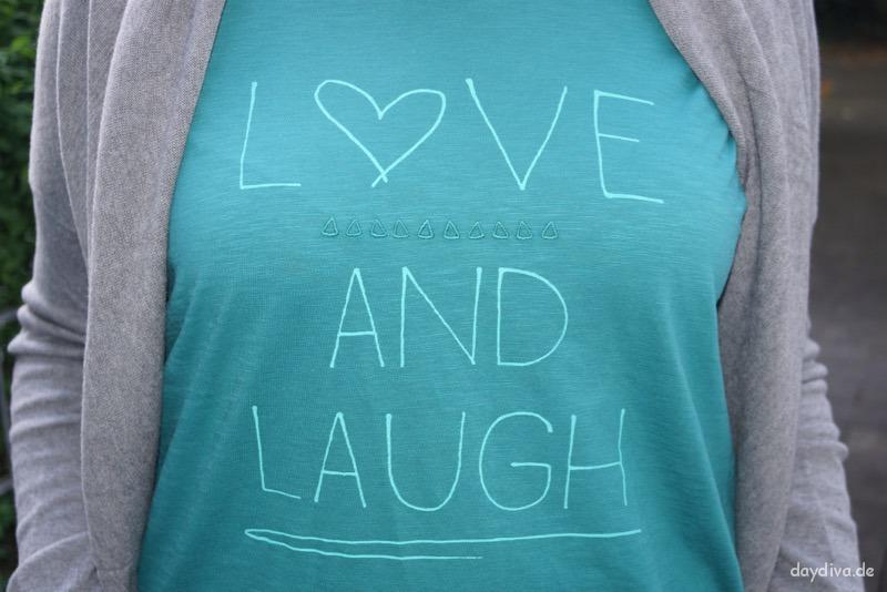 """T-Shirt """"Love and Laugh"""" von Cecil.de"""