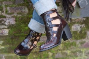 Cut-Out Boots bordeaux