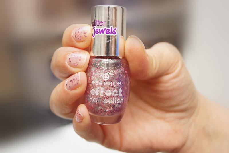 neue nagellacke von essence im sortiment effect nail polish nail candies 6 in 1. Black Bedroom Furniture Sets. Home Design Ideas
