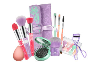 essence trend edition bloom me up! tools