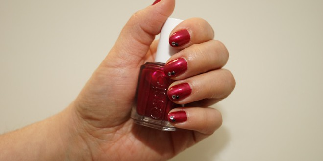 essie After Sex Finish mit Strass