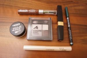 Produkte Augenmakeup grüner Lidstrich