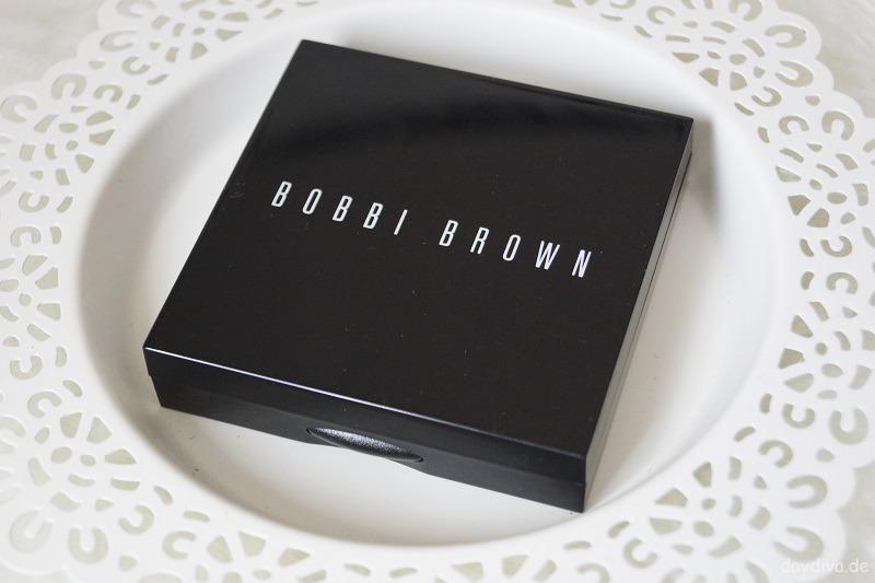 Verpackung Bobbi Brown Puder