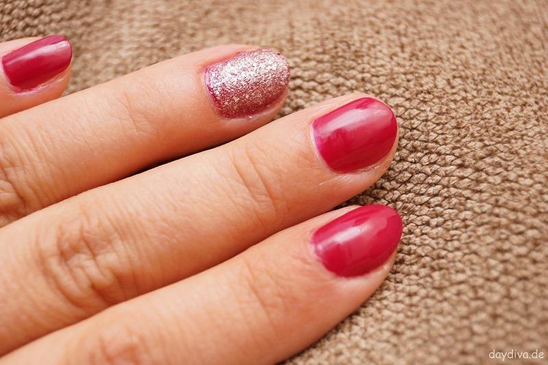 p2 Nagellack pink und glitzer