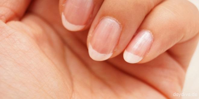 Bedacht gepflegt und wohl genährt: Warum Nagelpflegeprodukte hohe Qualität aufweisen sollten