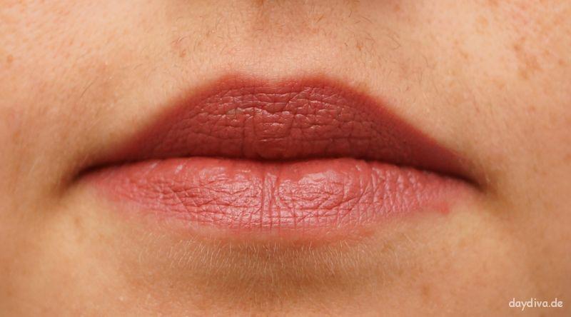 Lippenstift und Lipliner Herbstfarben