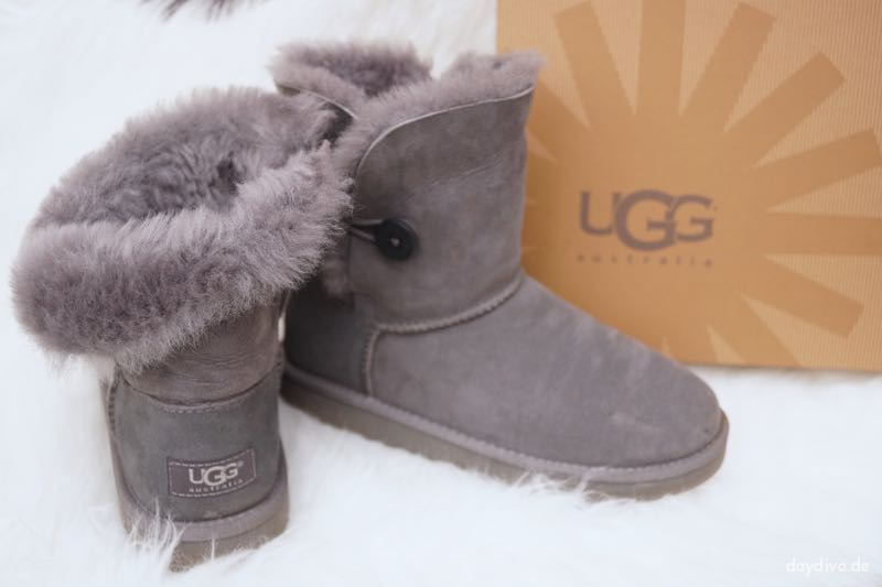 Meine Ugg's Baily Button in grau