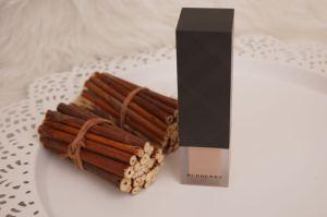 Burberry Velvet Foundation Verpackung