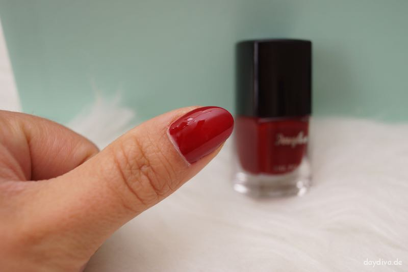 Nagellack Farbe 212 Red-Conquelicot