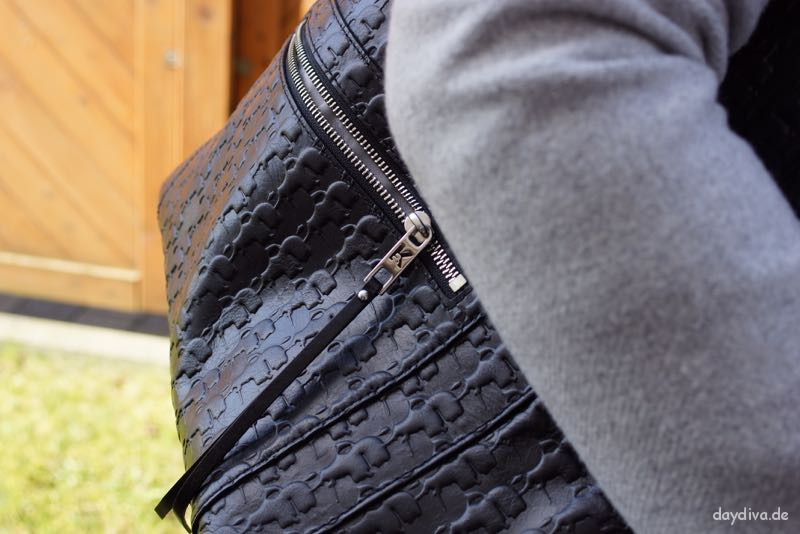 Outfitdetails Tasche Karl Lagereld