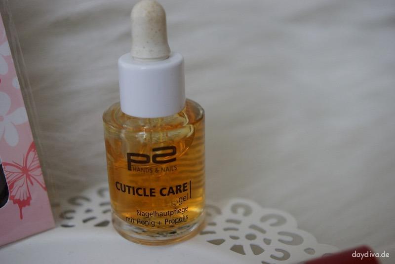 p2 Cuticle Care Öl auf Nagelhaut auftragen